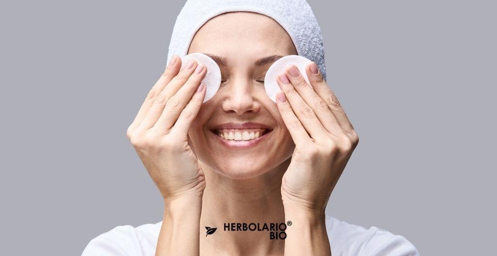 Beneficios de la limpieza facial natural
